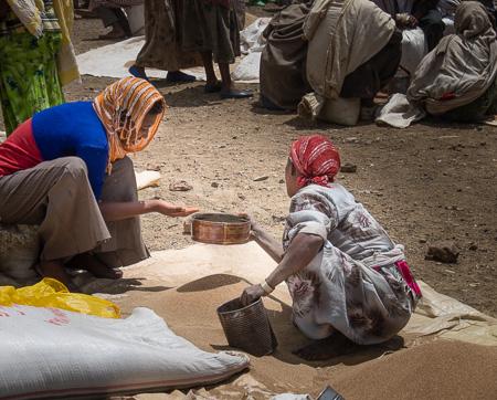 Lalibela market vendors