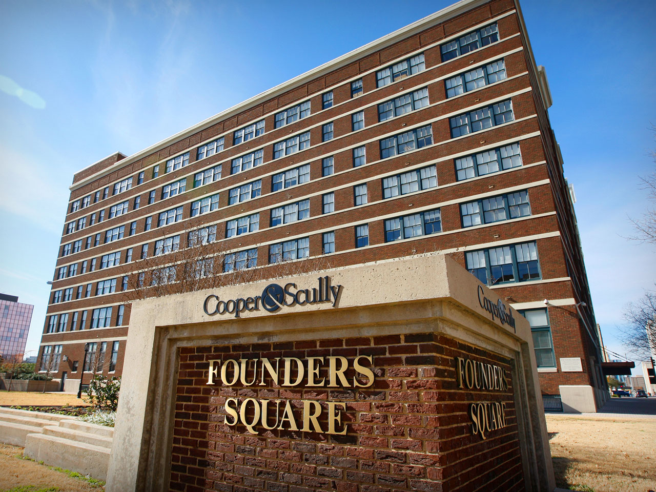 founderssquare-sign.jpg
