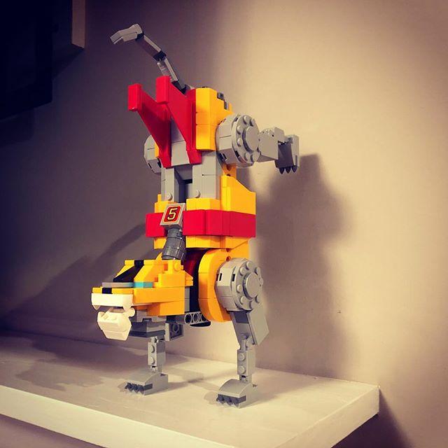 Break-dancing robot lion