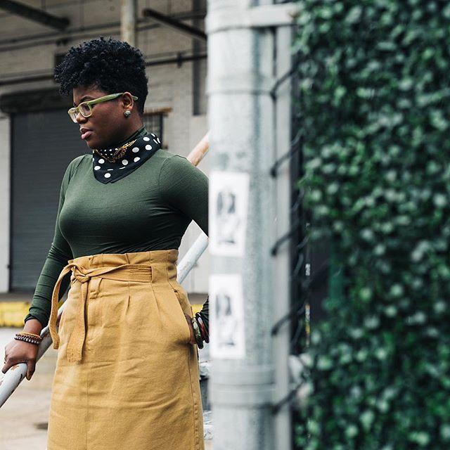 Beautiful Soul. Afro Vibe. Green & Gold.  @sharlendipity . . . #cthrulens #teamfreshroti #lightchase #portrait #style #melanin #photographer