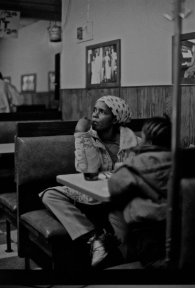 Ming Smith, Lady and Child (from the August Wilson series), Pittsburgh, PA, ca. 1993.