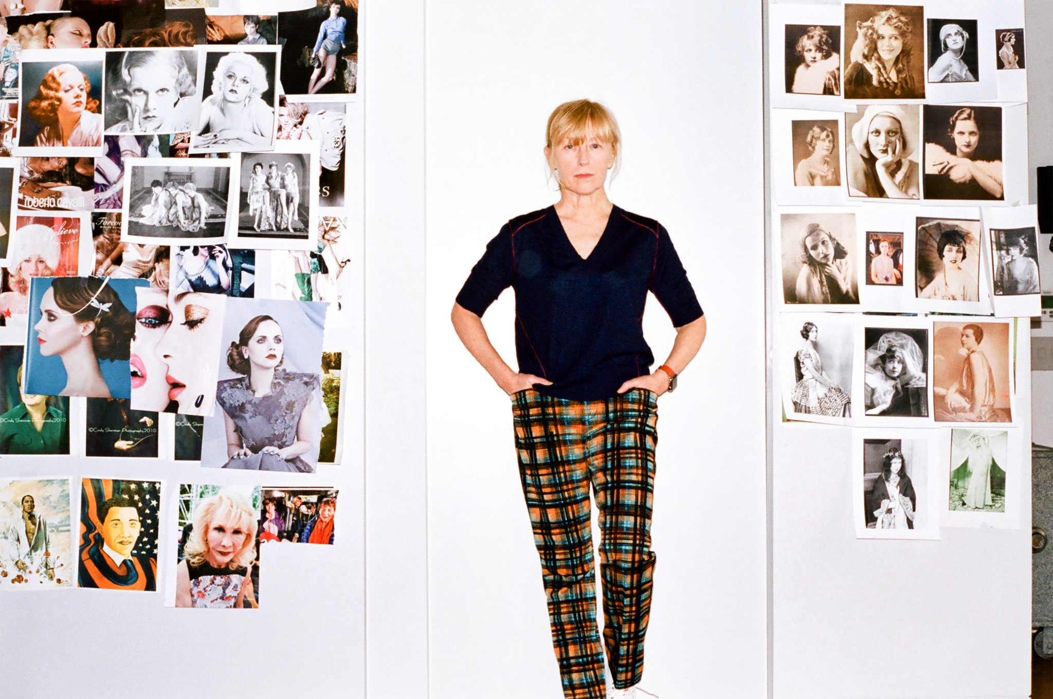 """""""Cindy Sherman Takes On Aging (Her Own)"""""""