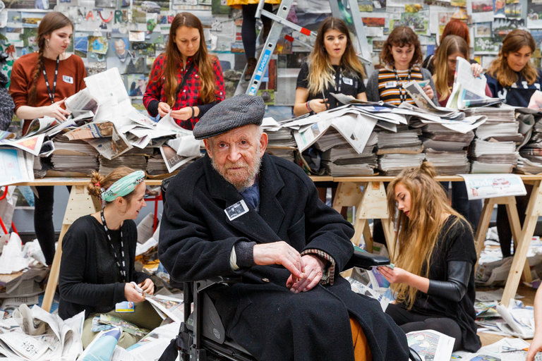 """Gustav Metzger, 'Auto-Destructive Art' Provocateur, Dies at 90"""