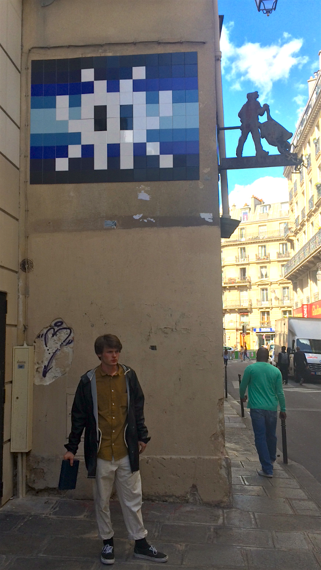 Spotting street art, fashion, and other ephemeral moments of Parisian life became one of Lukas' favourite pastimes.