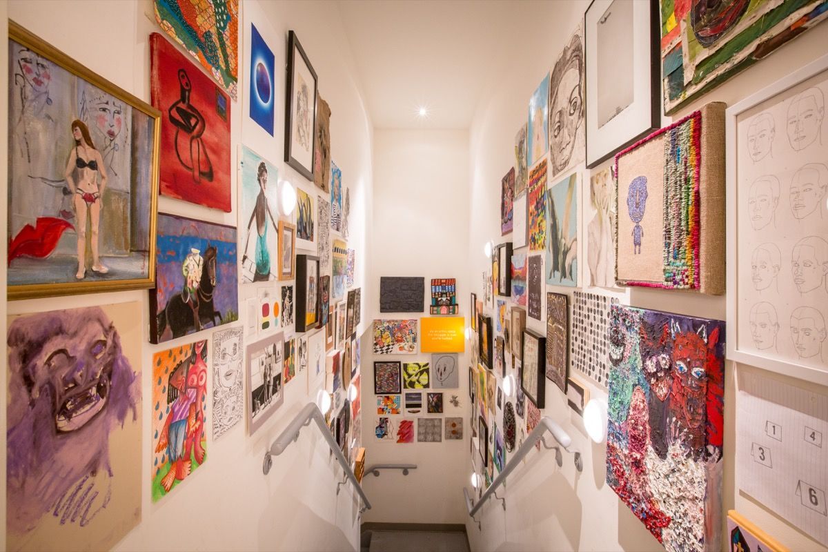 """""""New York Gallerists Counter Art-World Elitism by Showing Every Work They're Sent"""""""