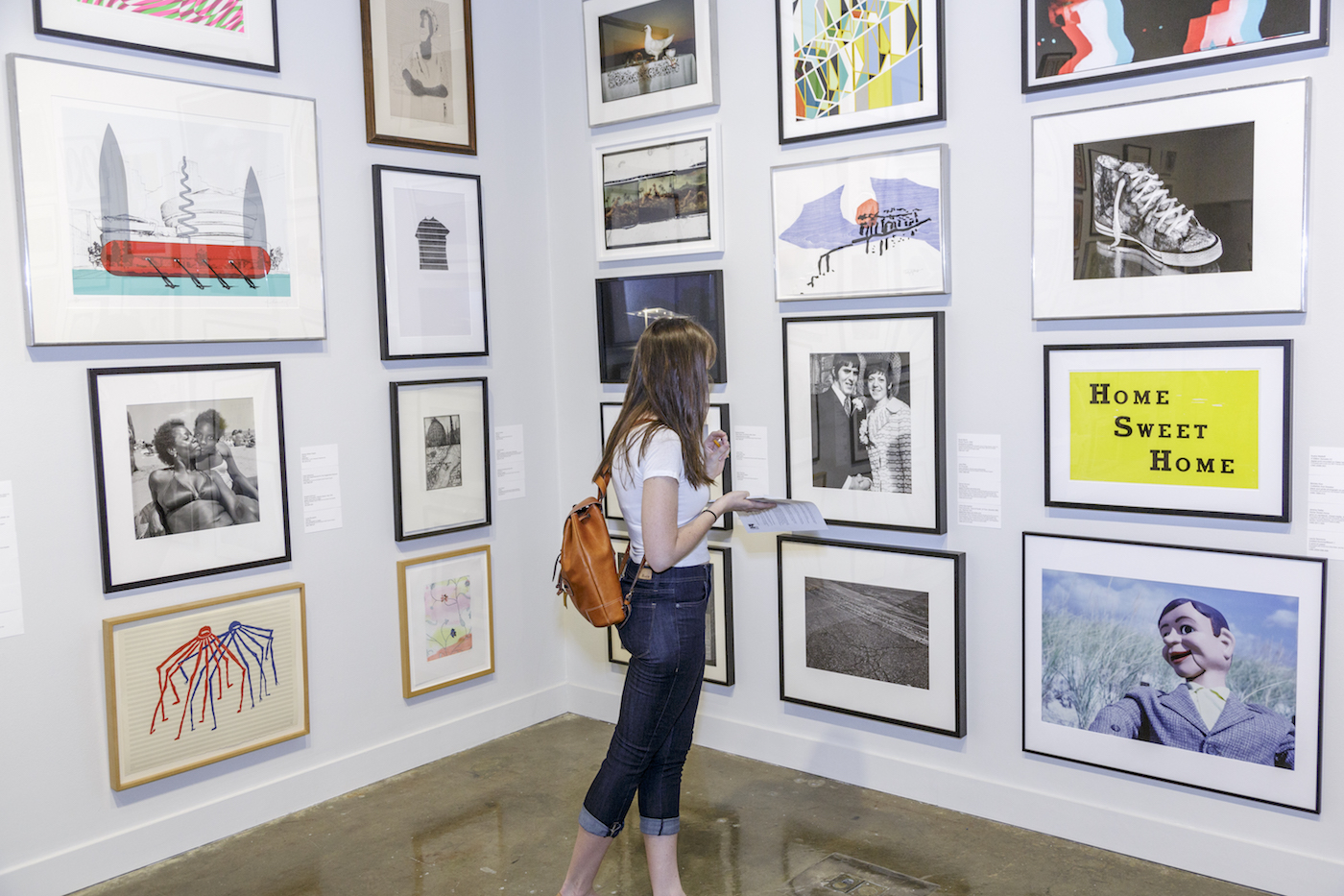 """8 US Colleges Lending Their Art Collections to Students"""
