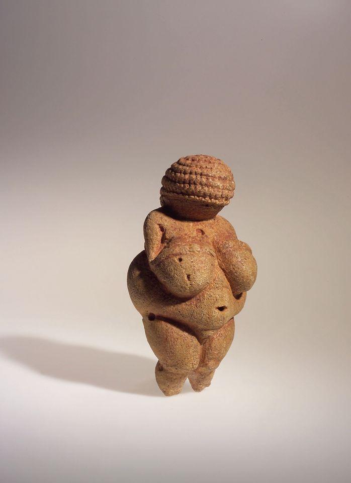 """""""Facebook censors 30,000 year-old Venus of Willendorf as 'pornographic'"""""""