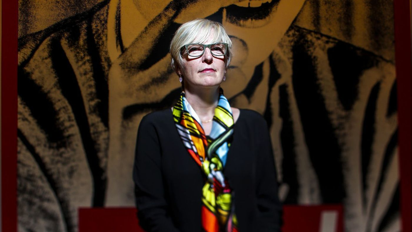 """""""Firing of MOCA's chief curator triggers worry over the future of an artist-centric museum"""""""