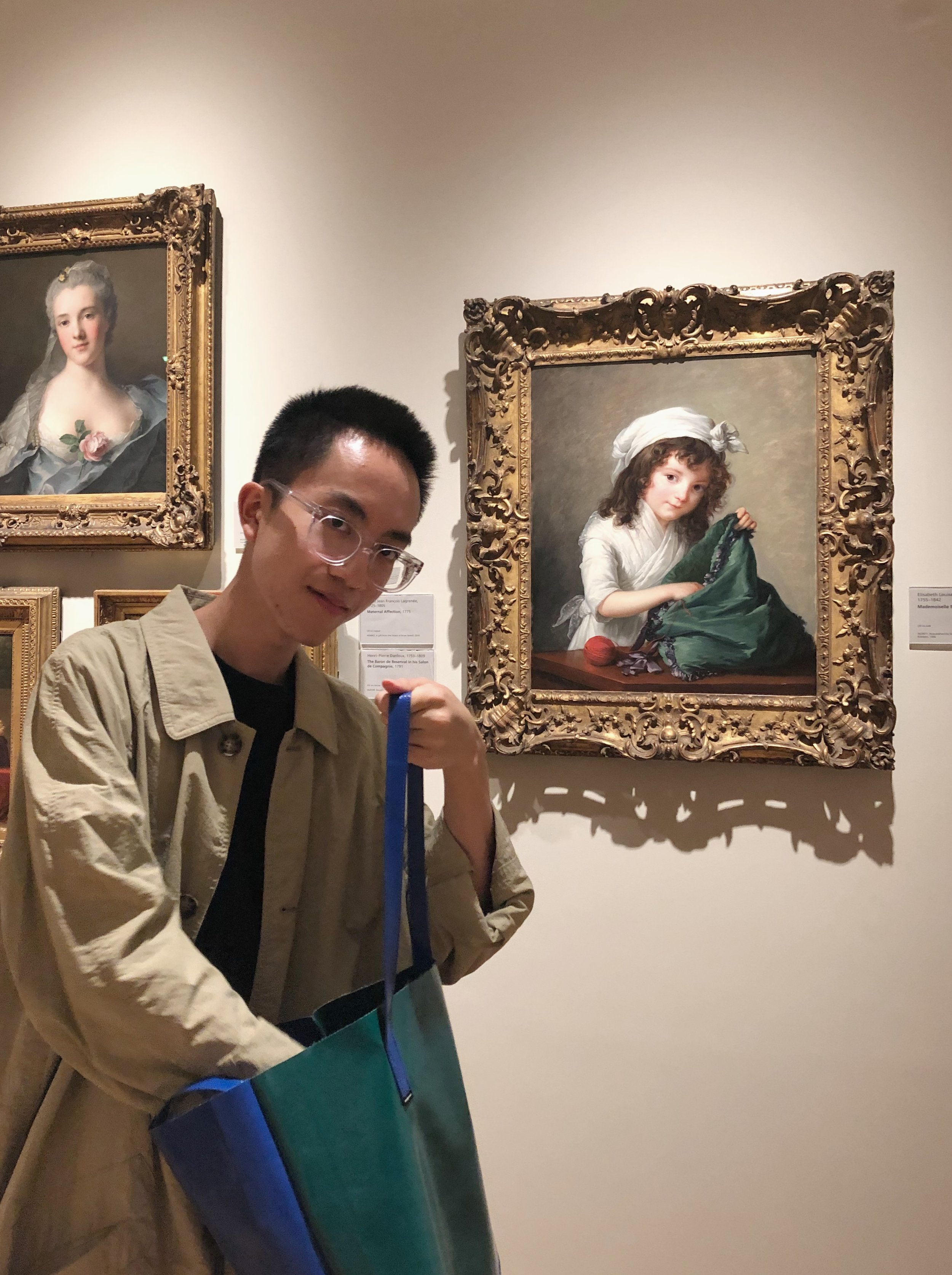 Meet field school blogger Ronald Chan, here performing a portrait vivant with an 18th century painting at the National Gallery.