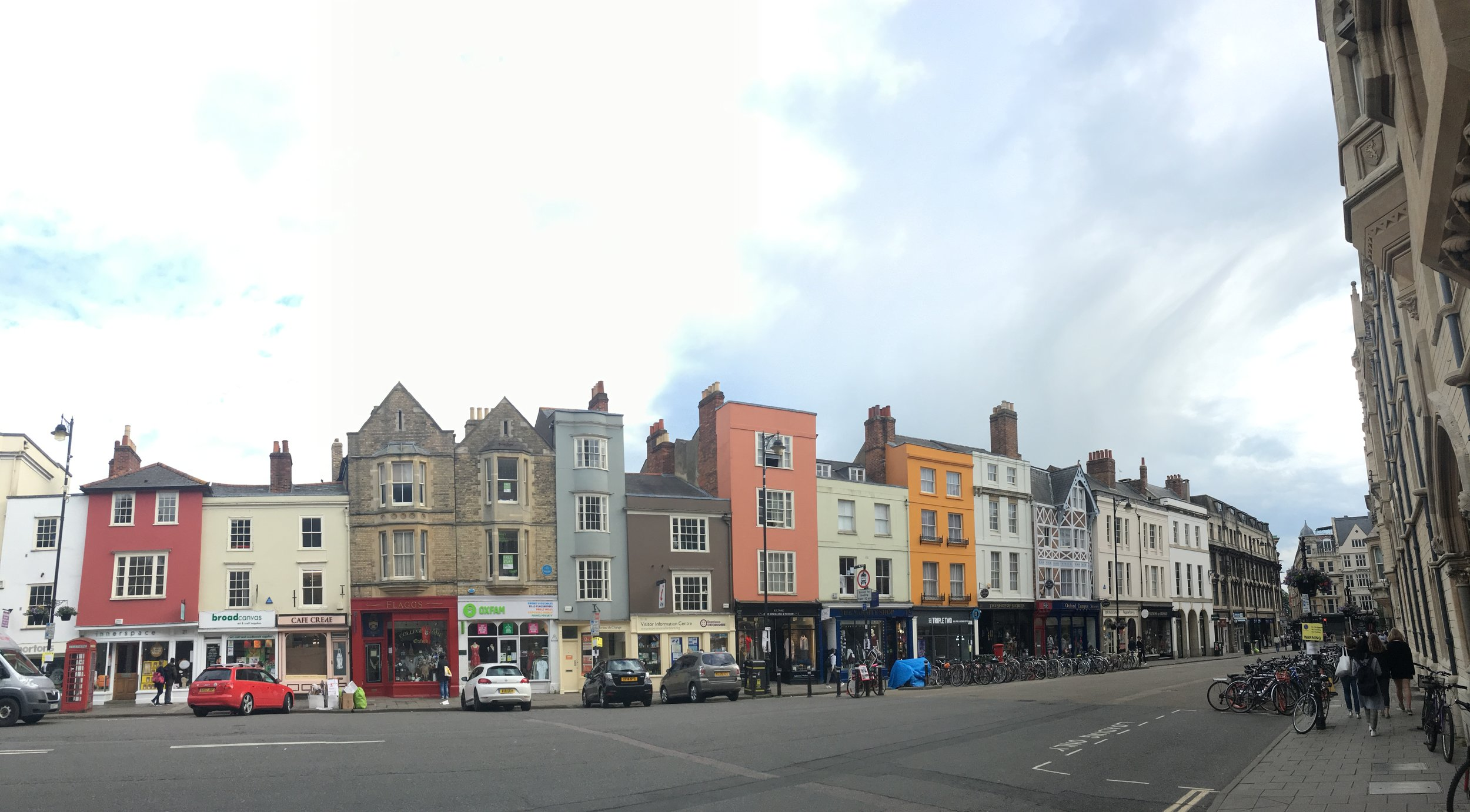 Panoramic view of Oxford streets