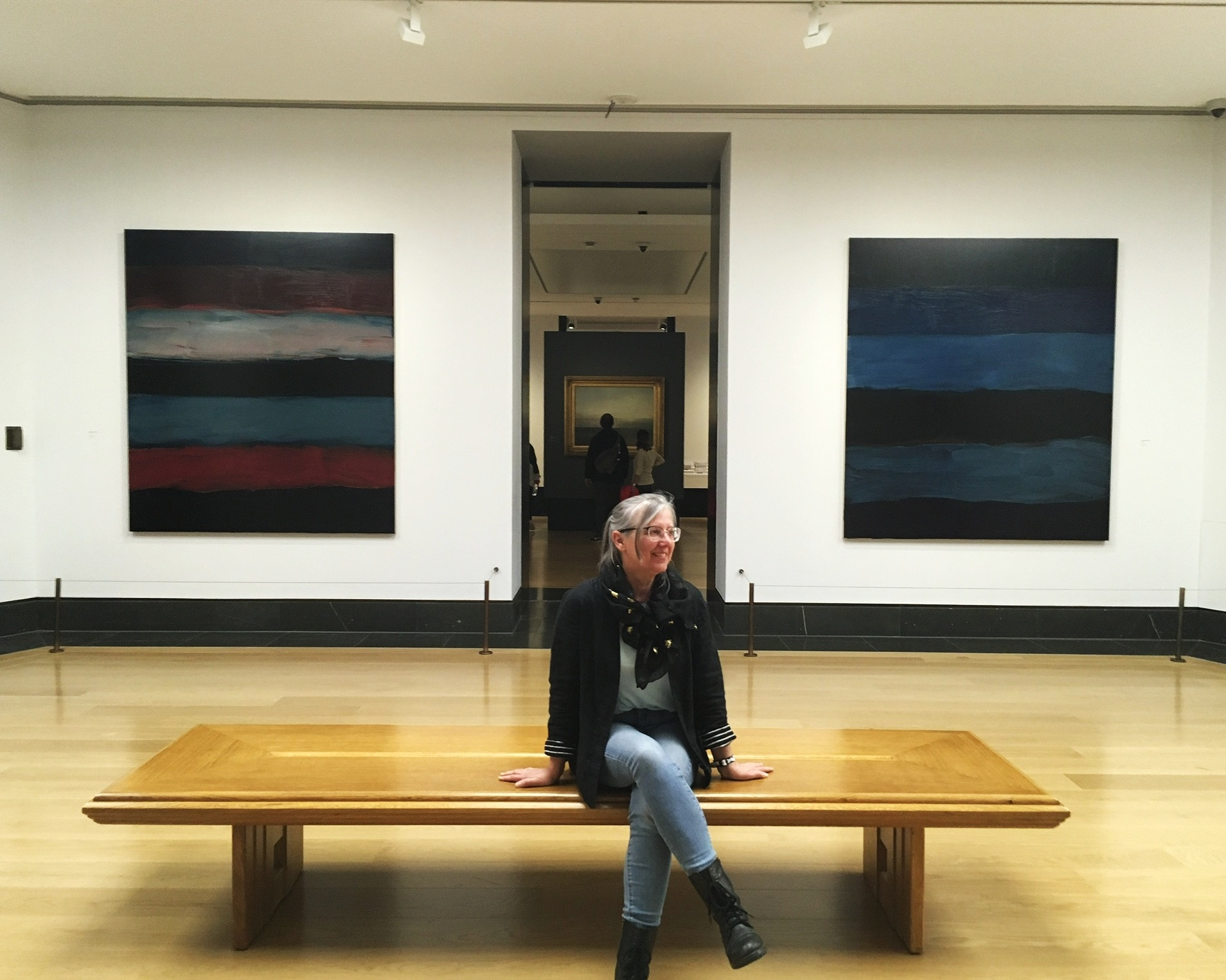 Meet field school blogger Angela, pictured here enjoying a Sean Scully exhibition at the National Gallery.