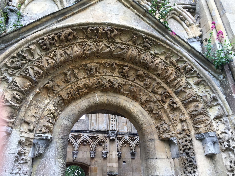 4.abbey.detail.jpg