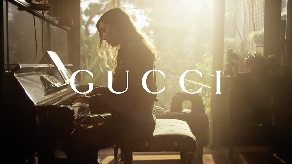 "Gold 2015 World Luxury Award ""Fashion & Style Film"" -Gucci - Lady Web Bag"