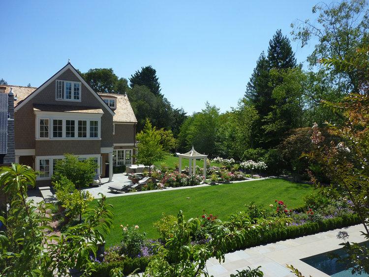 Hillsborough+Garden_+04.jpg