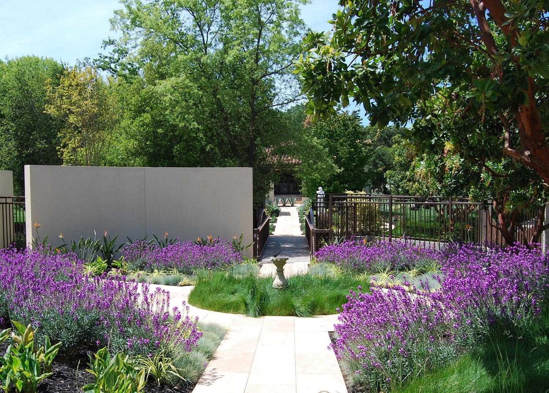 Villa+Madrona+Garden_12.jpg