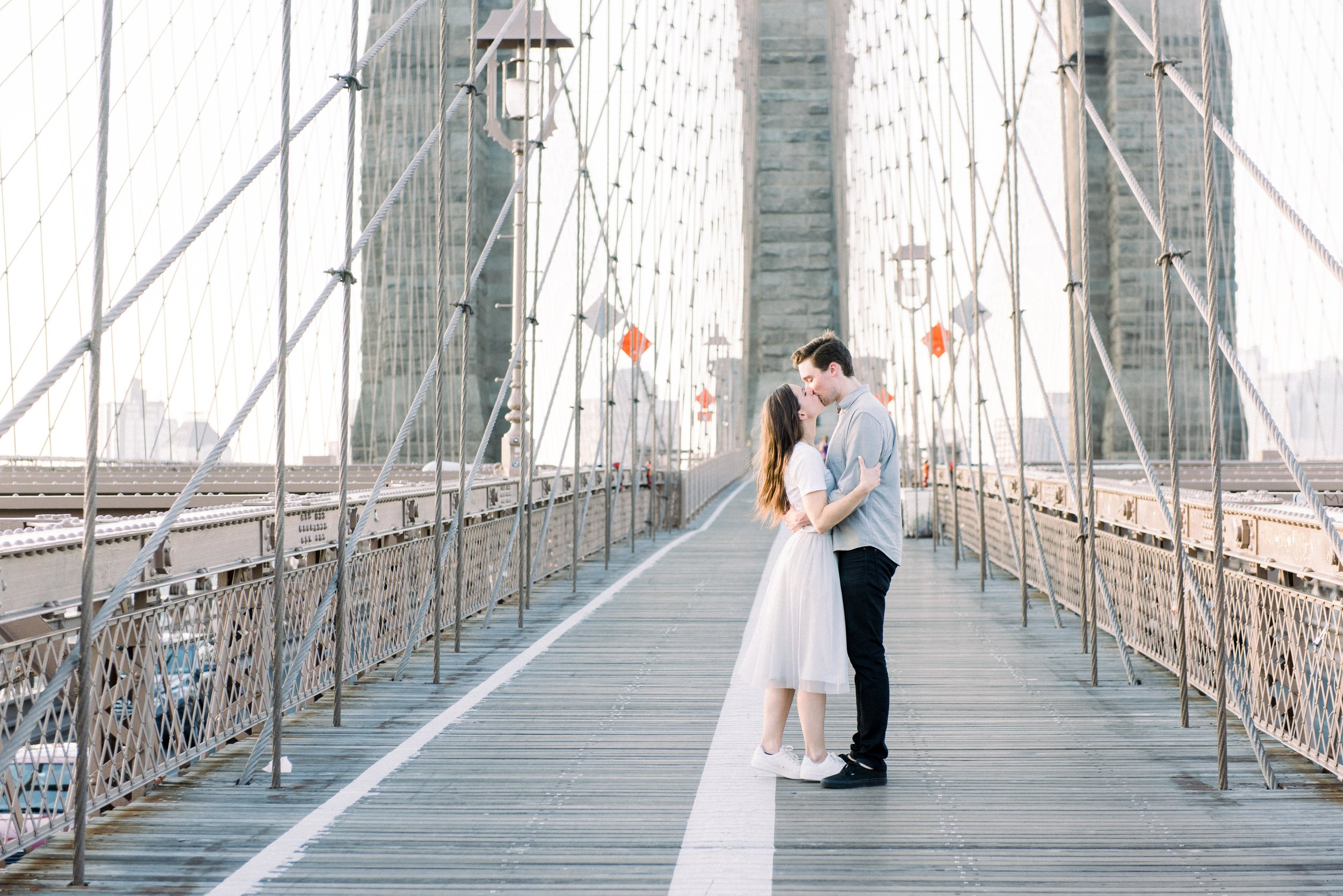 Brooklyn Bridge Engagement, Brooklyn Bridge Proposal, Brooklyn Bridge Golden Hour, Brooklyn Bridge Kiss, Brooklyn Bridge Sunrise Engagement Session