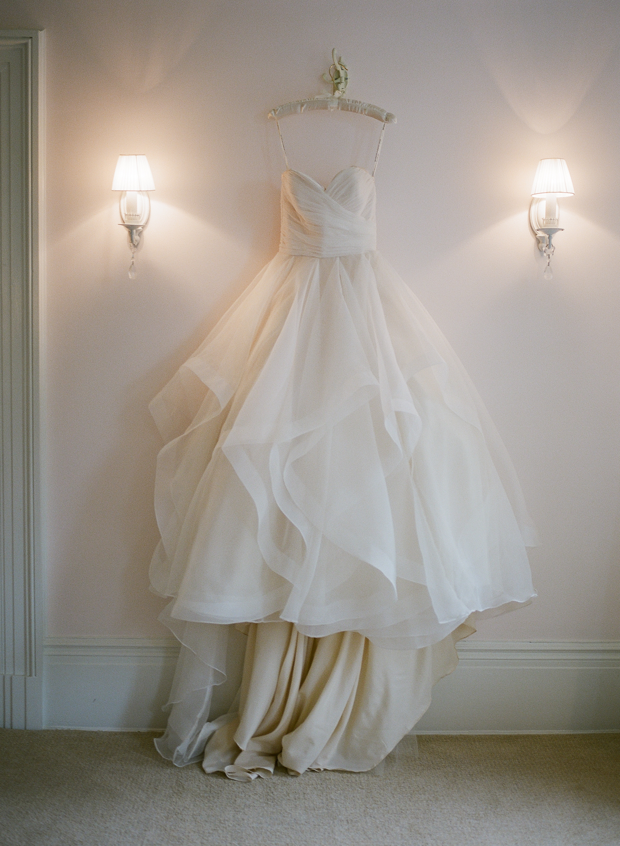 Lounsbury House Wedding - Christina and Michael-9.jpg