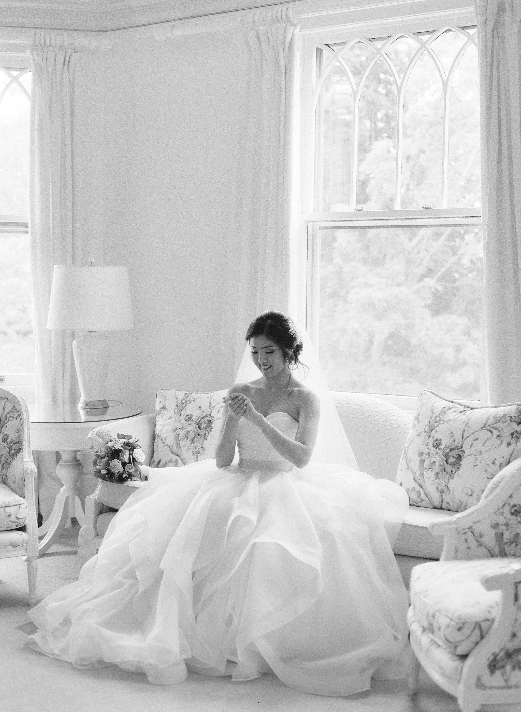 Lounsbury House Wedding - Christina and Michael-13.jpg