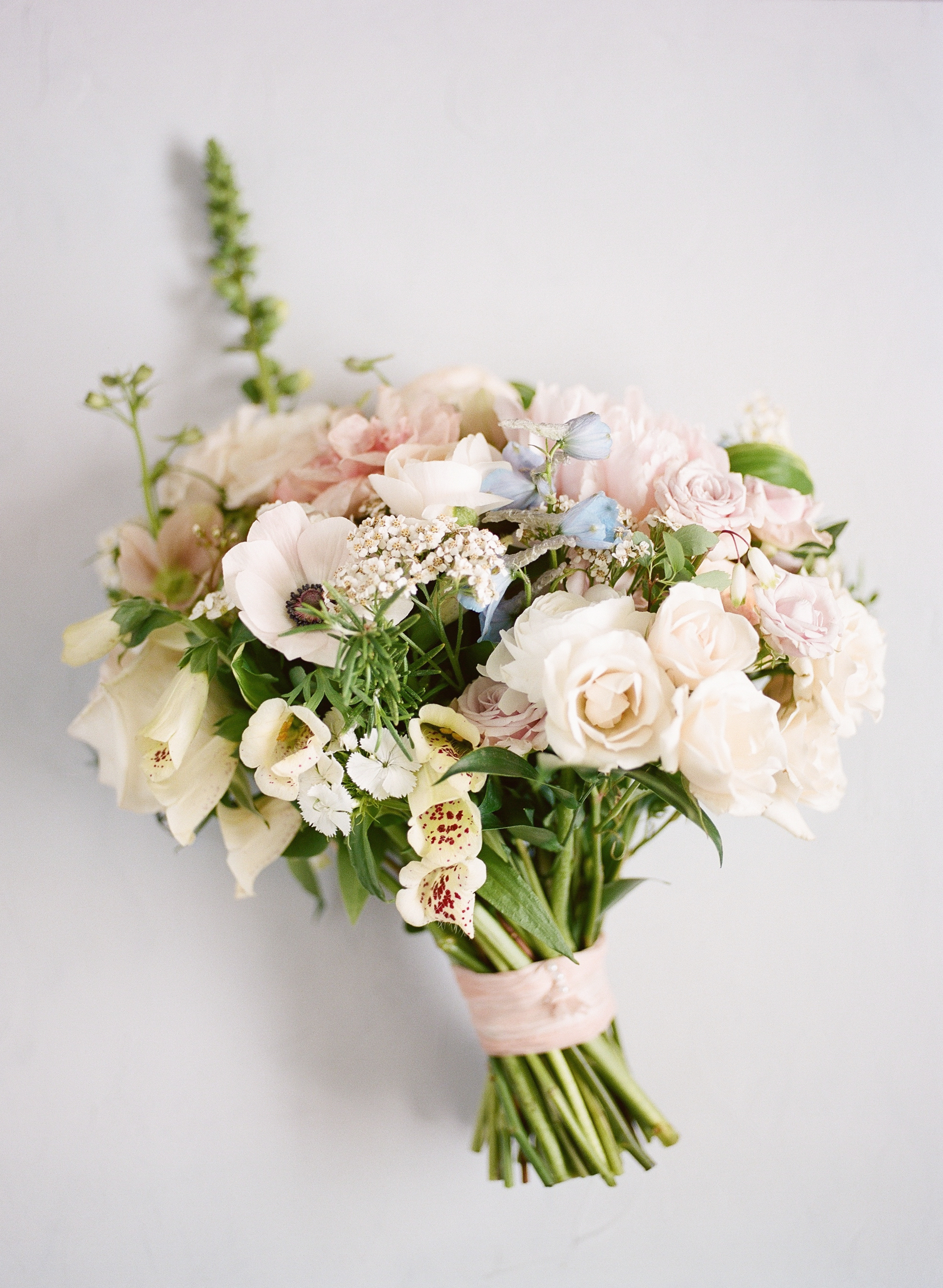 PASTEL TONE WEDDING BOUQUET