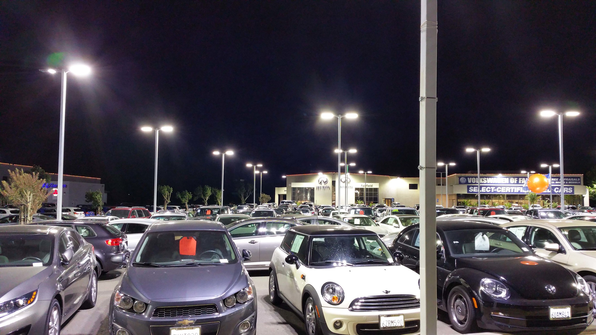 Awaken LED Lighting - Qx8Ho - Car Dealership - Infiniti / Volkswagen 6