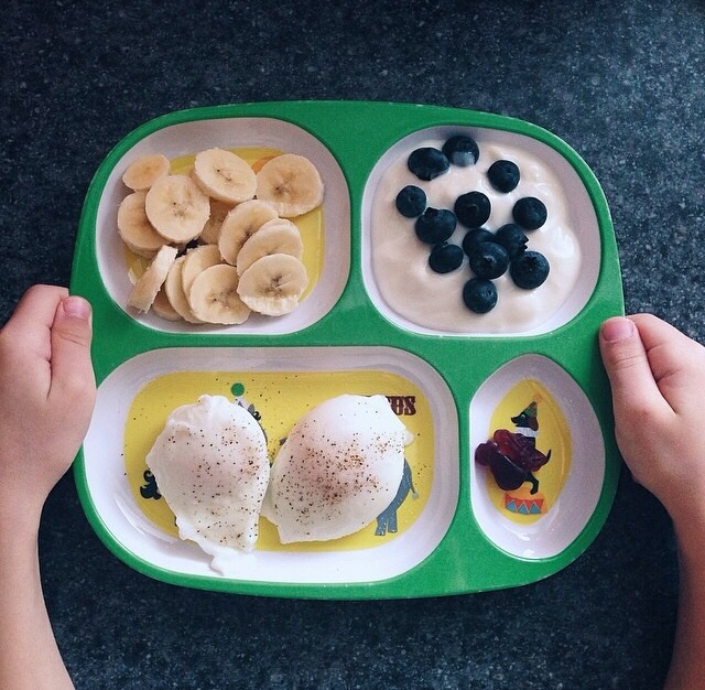 banana slices / whole milk yogurt, blueberries / poached eggs / chewable vitamins