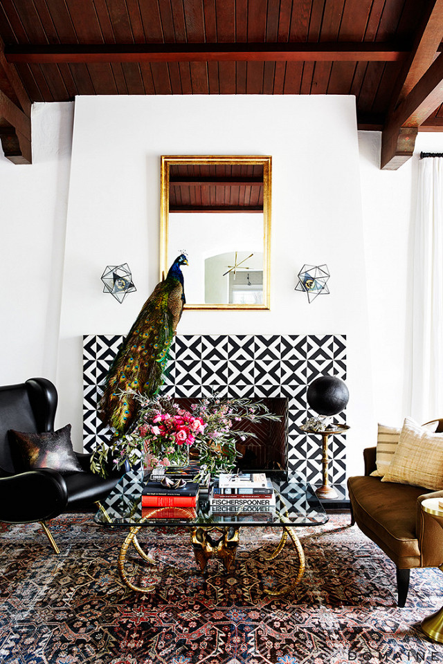 the-most-beautiful-ways-to-decorate-your-fireplace-this-season-1984508-1479515109.640x0c.jpg