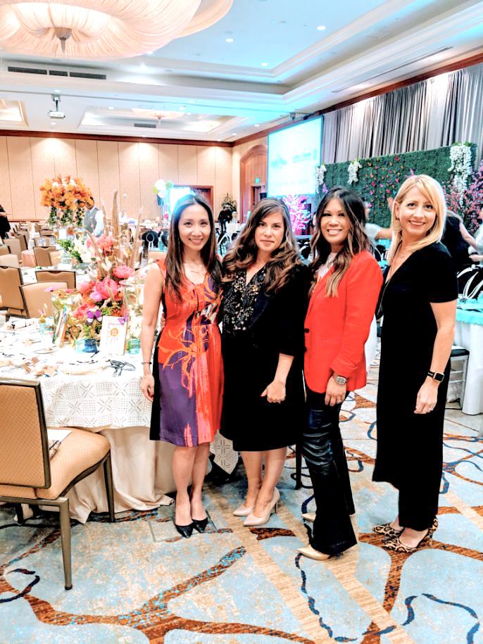Maryanne and Jessica with Aviso Legal, Linda Lam and Lori Ginex-Orinion