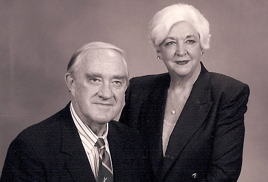 Dr. William (Bill) and Mrs. Kay Reed