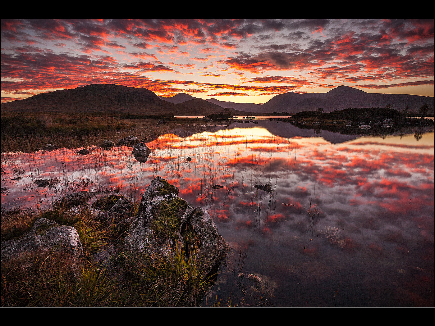 RED SKY AT NIGHT by Colin Mill.jpg