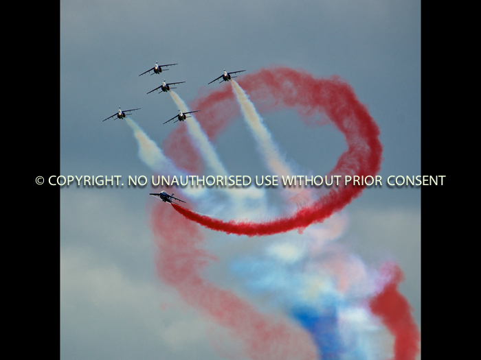 PATROUILLE DE FRANCE DISPLAY by Stephen Miller.jpg