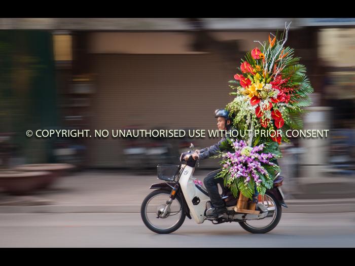 Express Delivery, Hanoi - Simon Raynor
