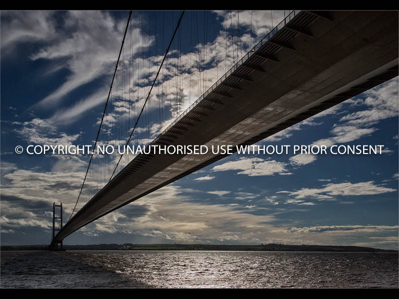THE HUMBER BRIDGE by Simon Raynor.jpg