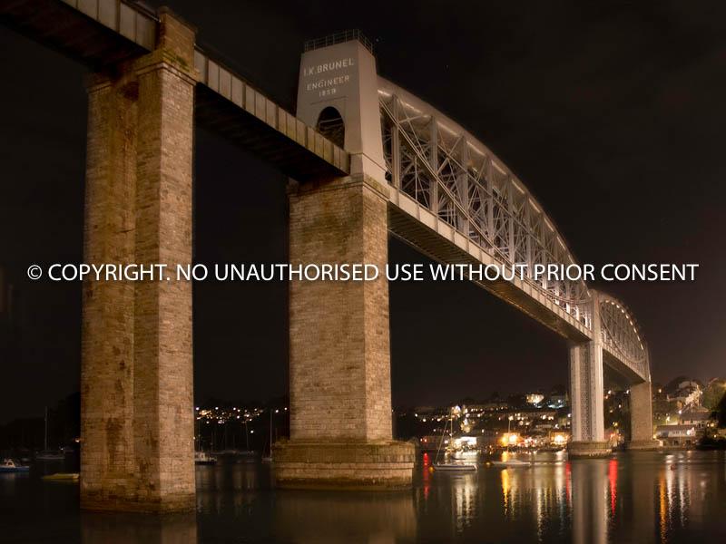 BRIDGE BY BRIDGE LIGHT by Ian Jackson.jpg