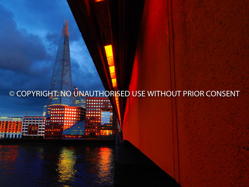 LONDON BRIDGE by Ferhat Ince.jpg