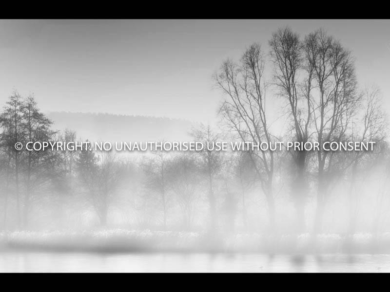 CALDECOTTE LAKE by Ian Mellor.jpg