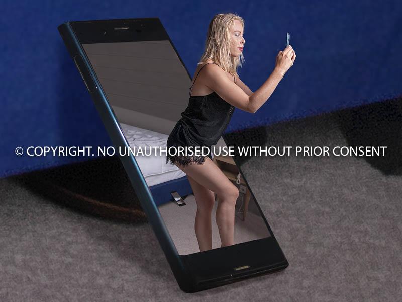 TAKEN ON HER PHONE by Ian Jackson.jpg