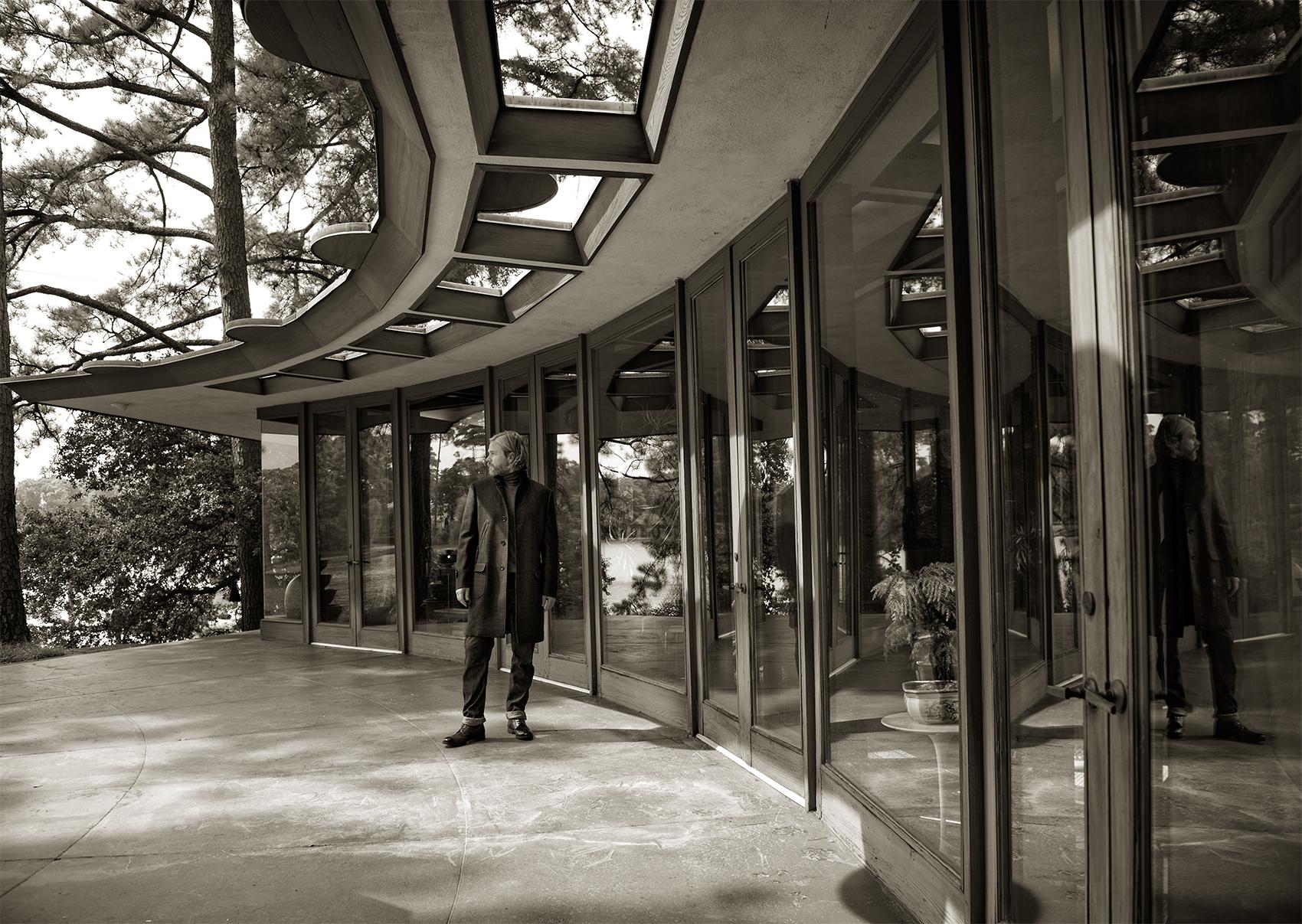Fall shoot at Frank Lloyd Wright house, Beecroft & Bull
