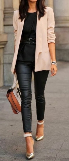 Picture courtesy of:glossfashionista.blogspot.com.tr