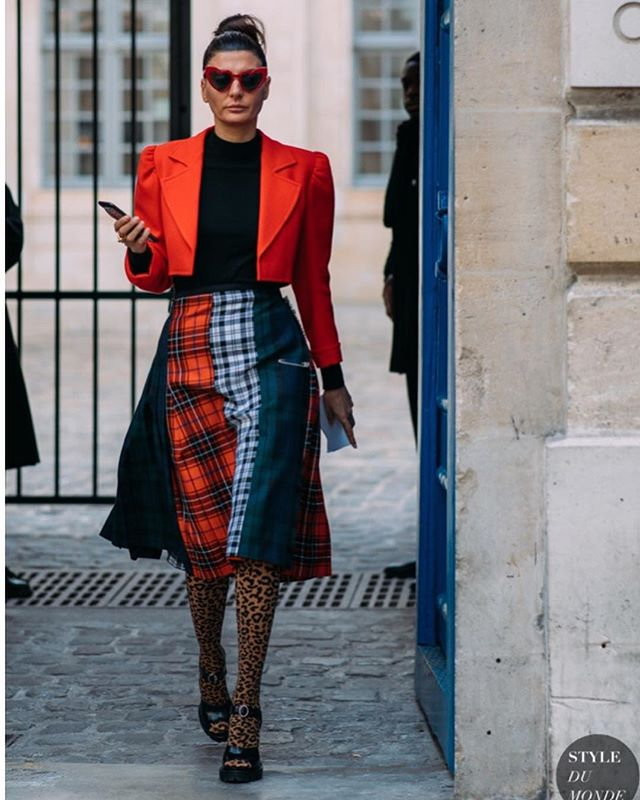 🥅🥅🥅🥅🥅 Paris FW 2018 Street Style: Giovanna Battaglia  Source: www.styledumonde.com