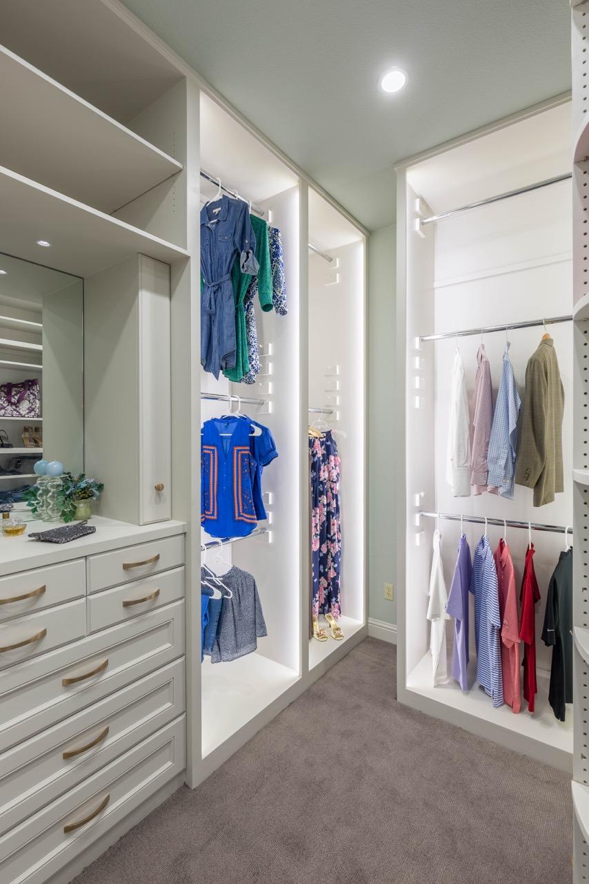 HarborDr-Bath-Closet-12.jpeg