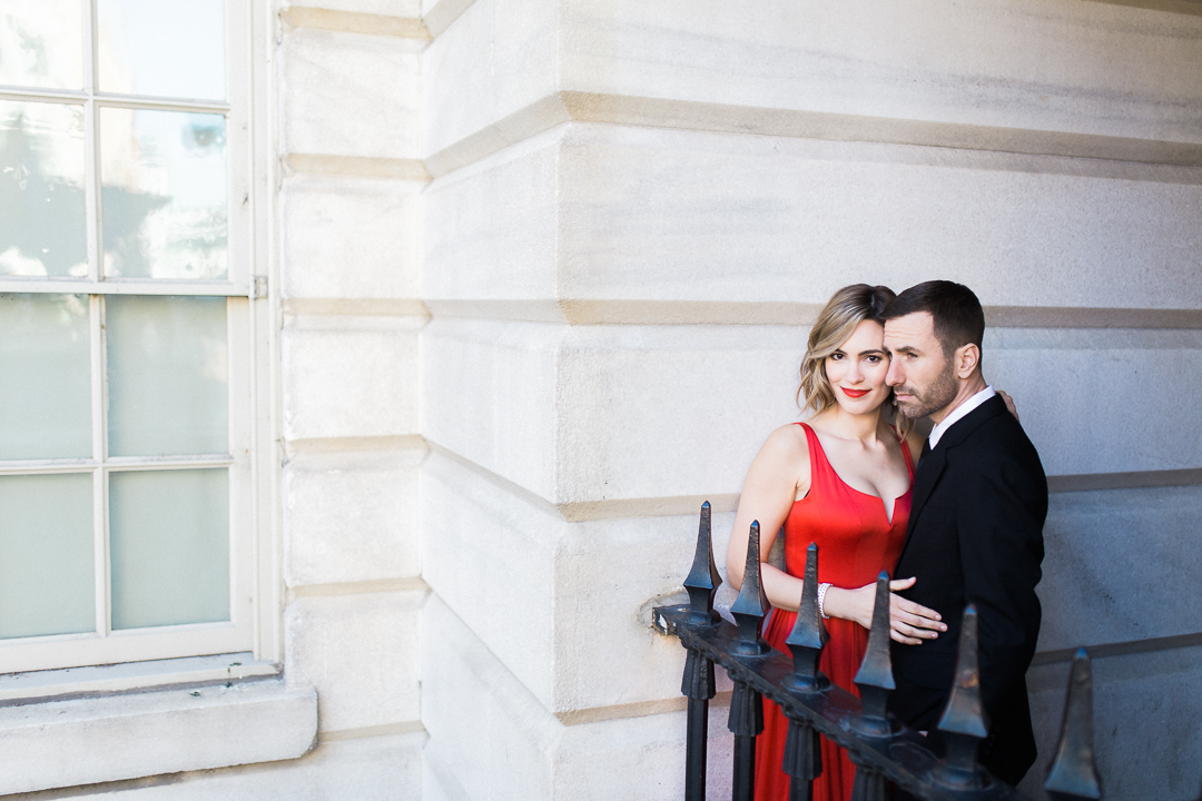 formal-couple-national-gallery-dc-romantic-red-dress