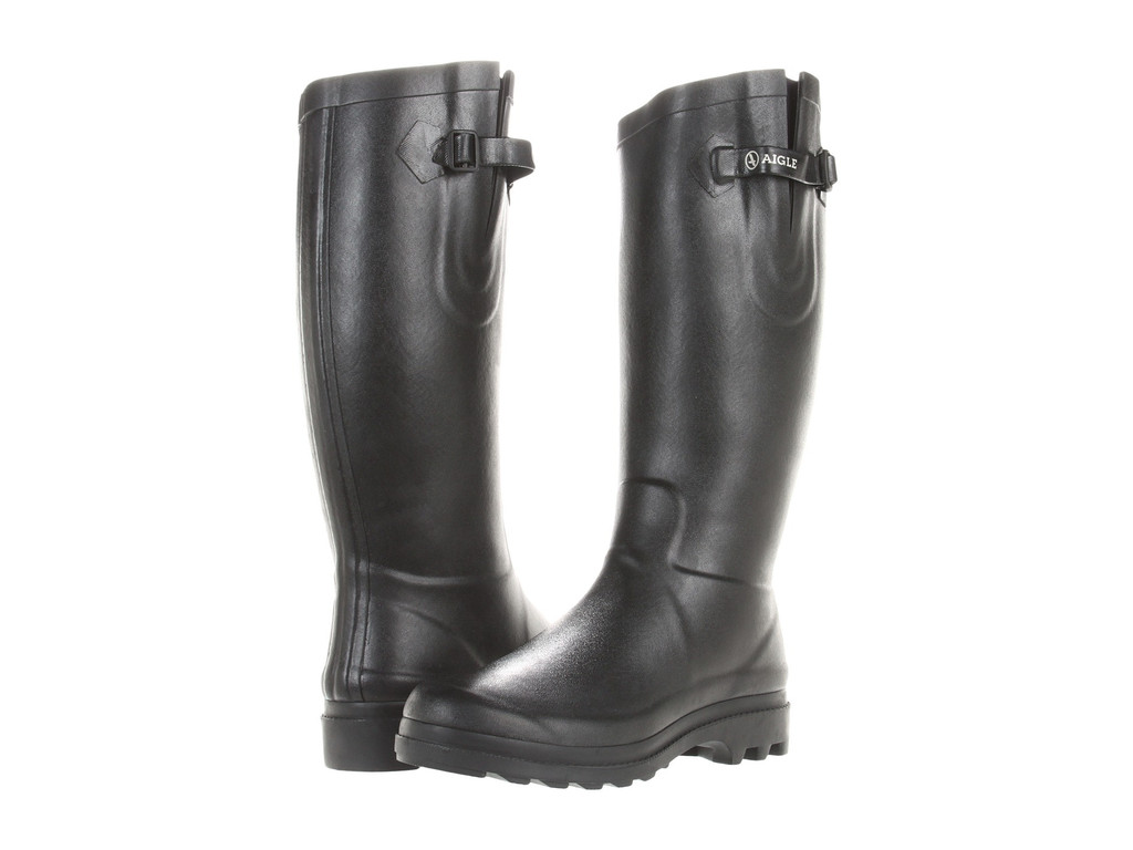 Aigle rubber boots  are handmade in France using natural rubber since 1853 (wow)