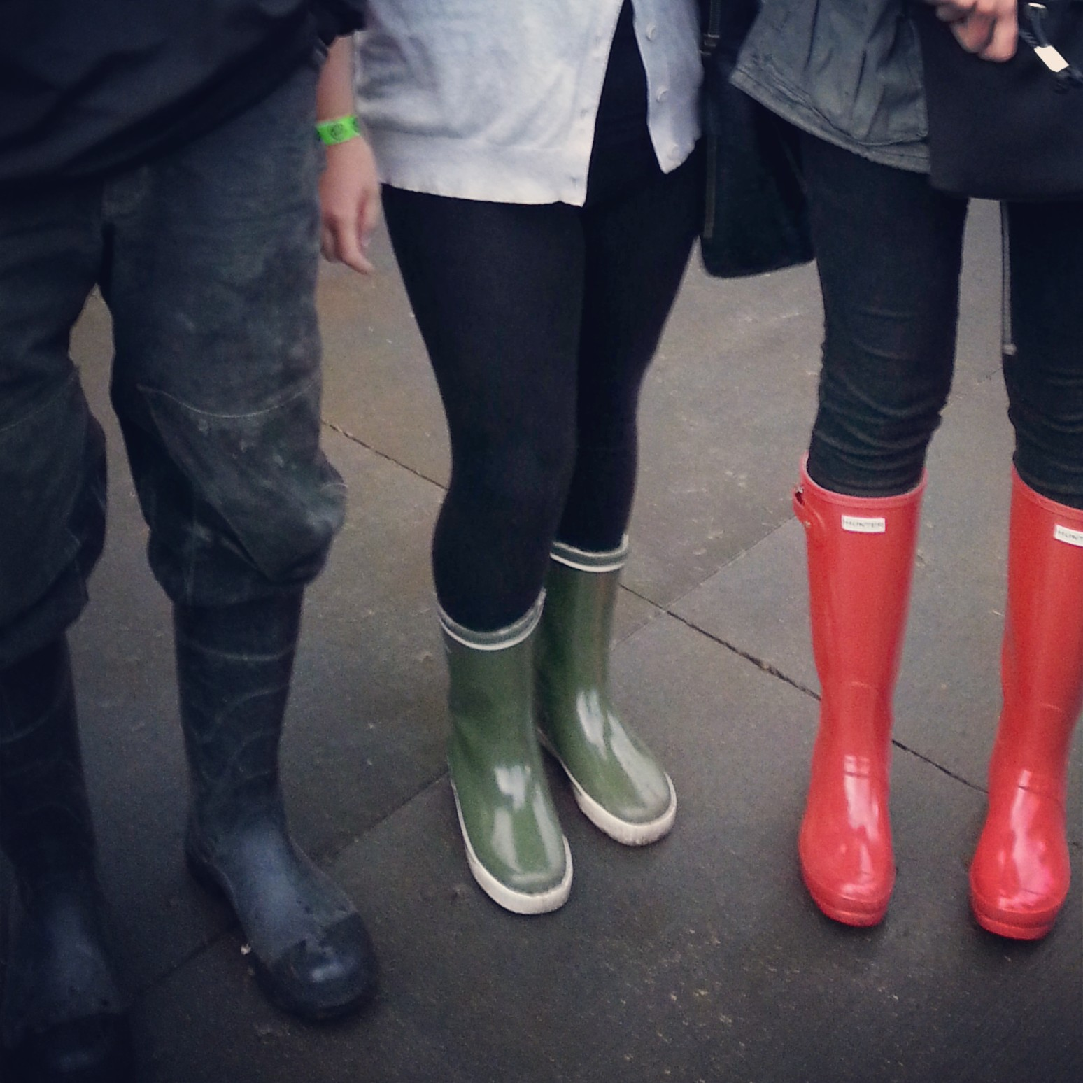 Are you getting idea of the scene yet? Seriously, evvvvvveryone was in rainboots!