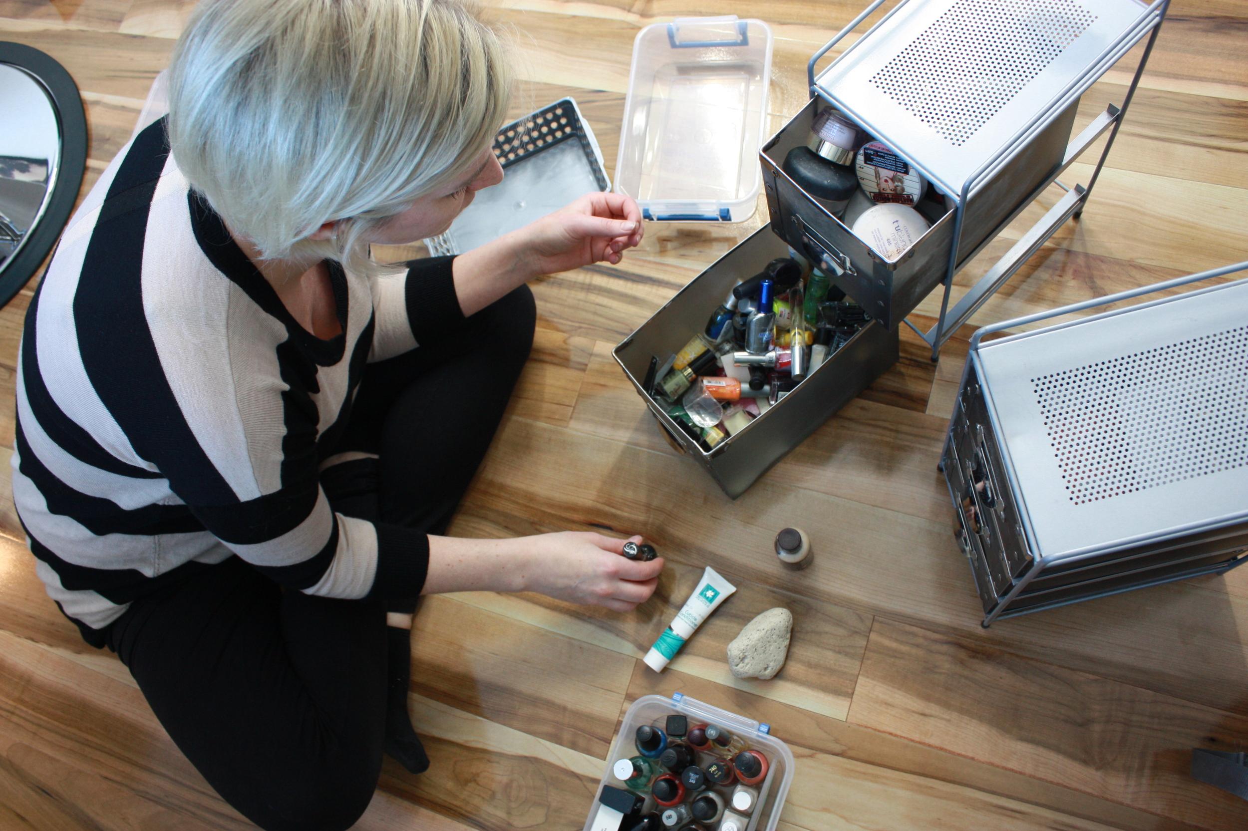 organizing makeup