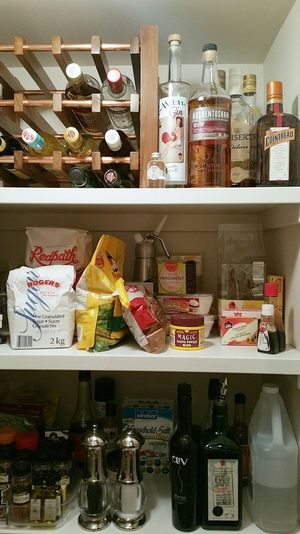 tidy pantry how to.jpg