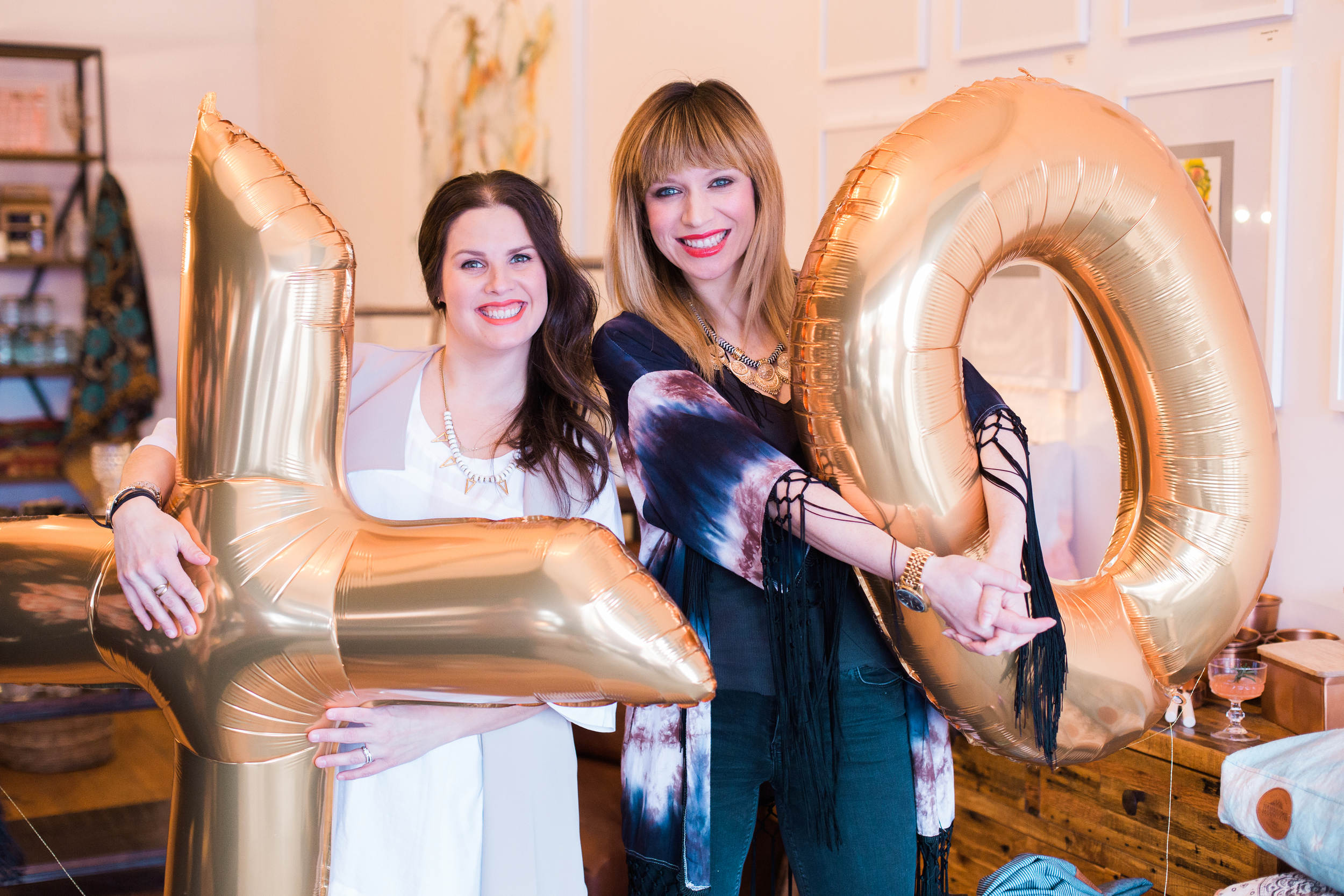 More Balloonatic love.  Gold foil balloons are always a hit at any event!
