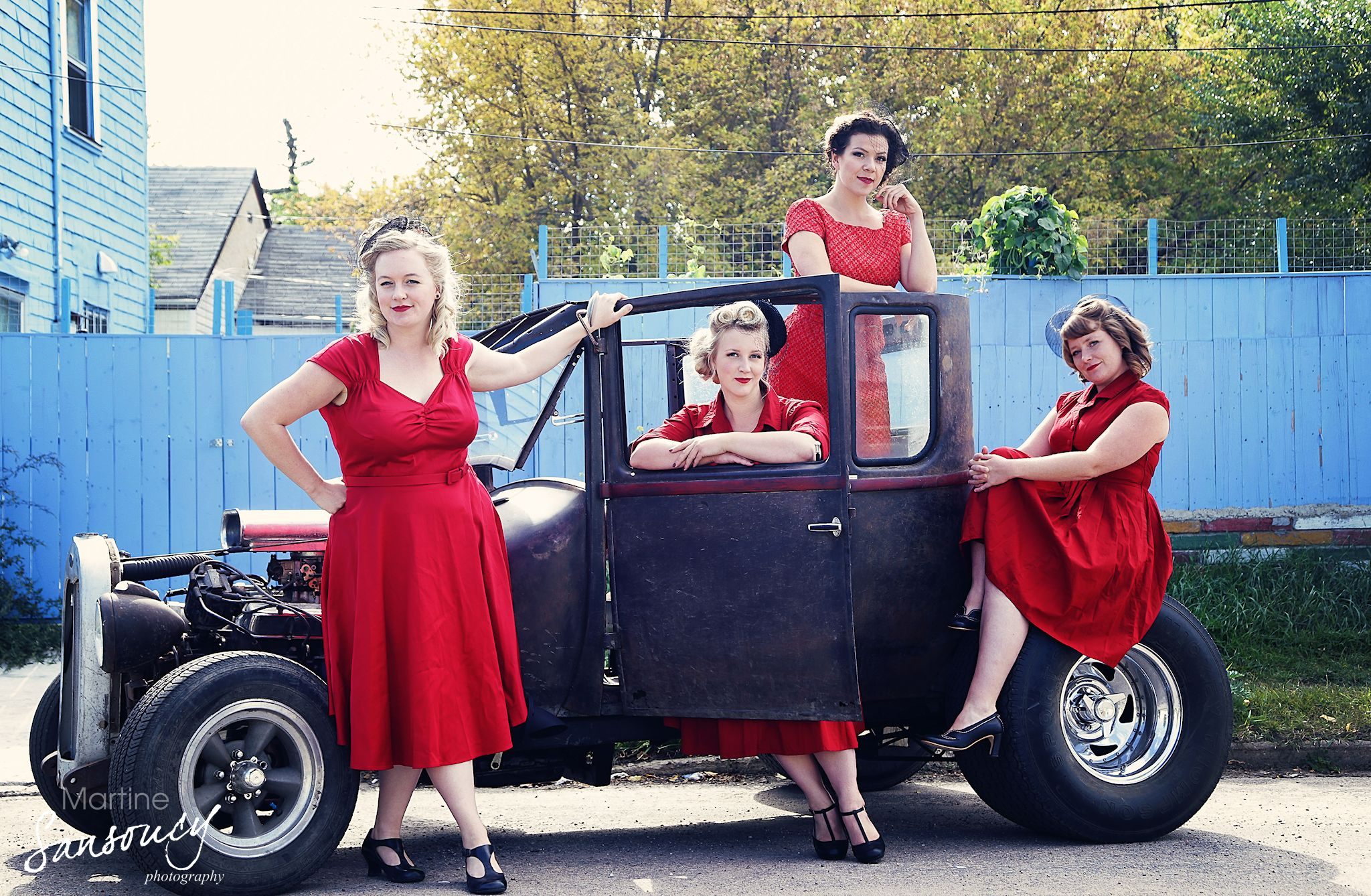 Rosie & the Riveters (L-R): Farideh Olsen, Allyson Reigh, Alexis Normand, Melissa Nygren ready to hit the road in vintage style.