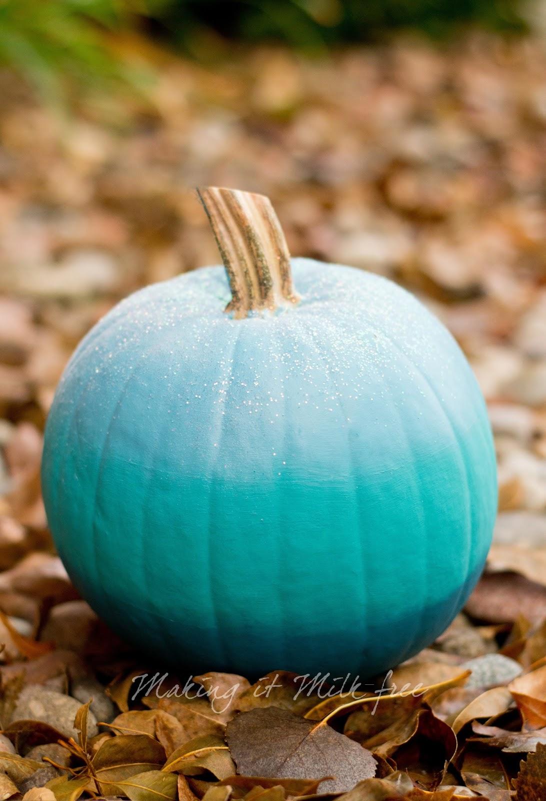 teal pumpkin makingitmilkfree.jpg