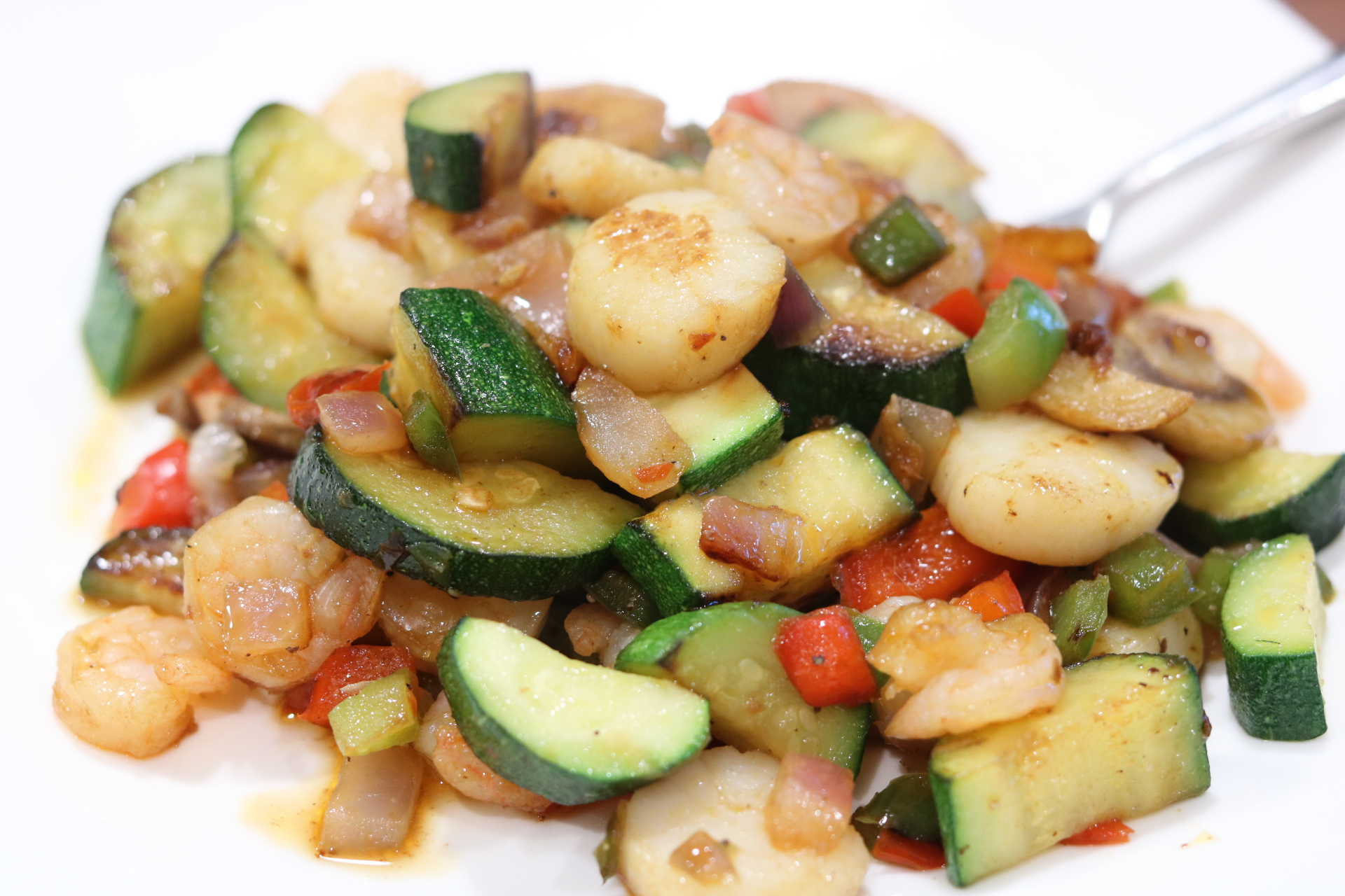 Marie's favourite healthy family recipe - Seafood & sautéed vegetables