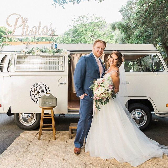 Lauren and Spencer making Georgia look good! We love our clients, they are the always the coolest peeps. Your vibe attracts your tribe!! 📷 Lauren Fedderson Photo